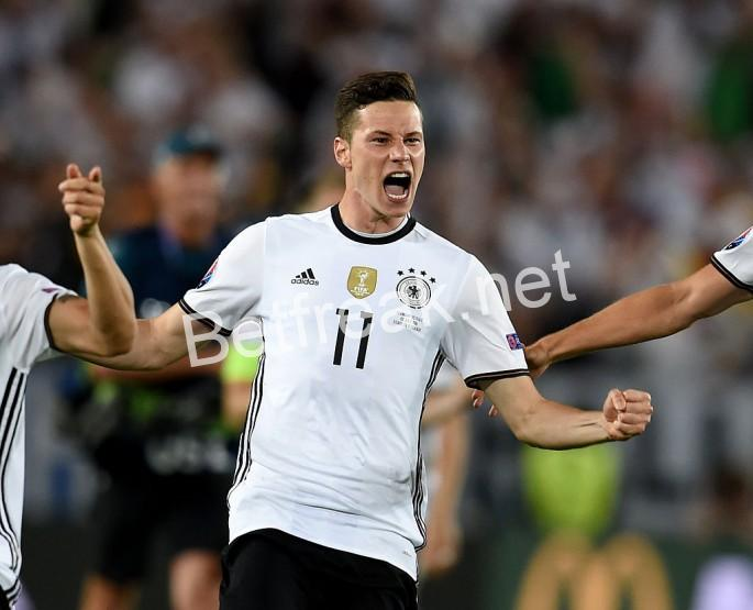 Denmark v germany betting previews how to play online football betting